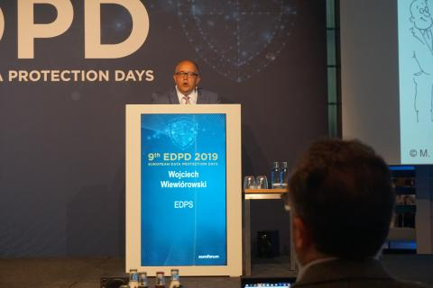 Wojciech Wiewiórowski laying down his remarks at the 9th European Data Protection Days
